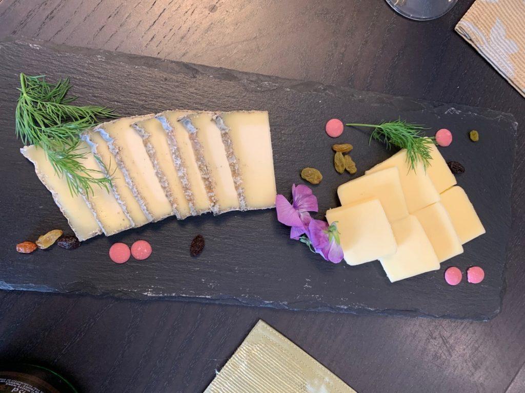 白石脊椎クリニック院長が受けたチーズ検定試験課題02