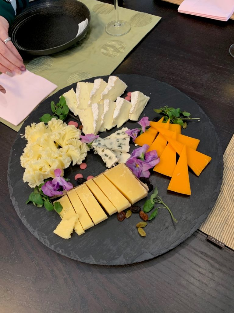 白石脊椎クリニック院長が受けたチーズ検定試験課題03